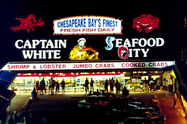 A Chesapeake Bay seafood market. Picture
