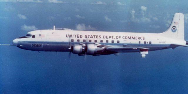 NOAA DC-6 N6539C in flight. Picture