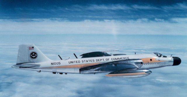 ESSA B-57 N1005 in flight Picture