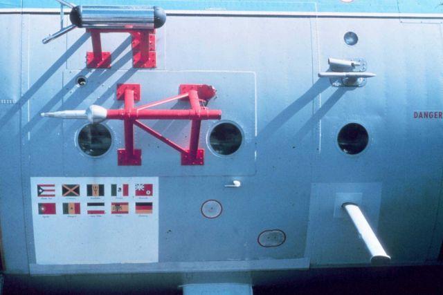 Fuselage-mounted sensors on NOAA C-130 N6541C Picture