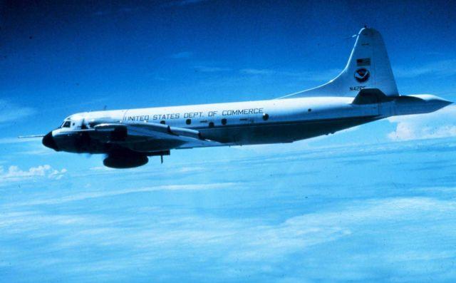 NOAA P-3 N42RF in flight Picture