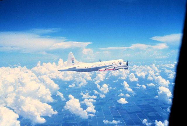 NOAA P-3 N42RF in flight Picture