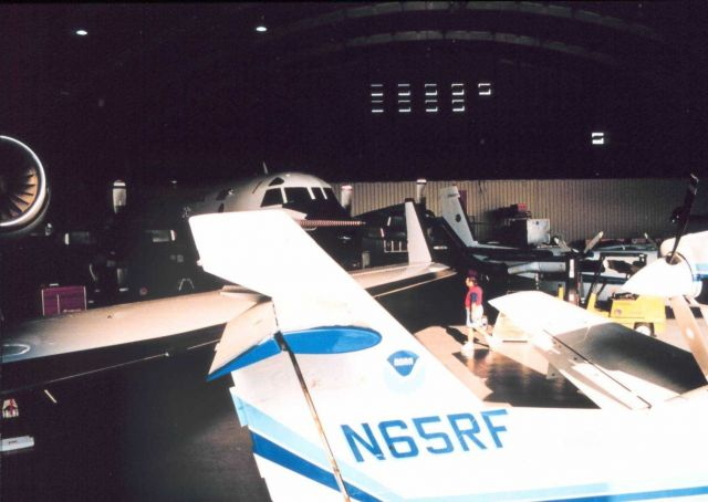N65RF tailsection of Lake Amphibian aircraft Picture