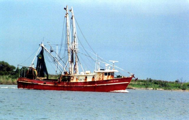 The shrimp boat RICHARD WAYNE in Albemarle Sound. Picture