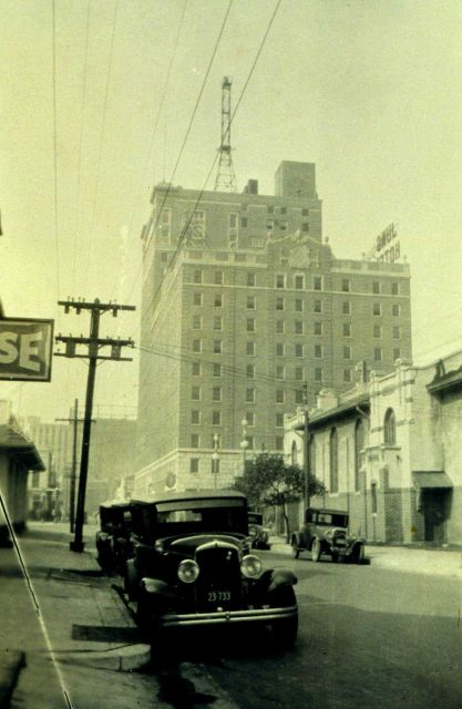 Hotel Jung at New Orleans. Picture