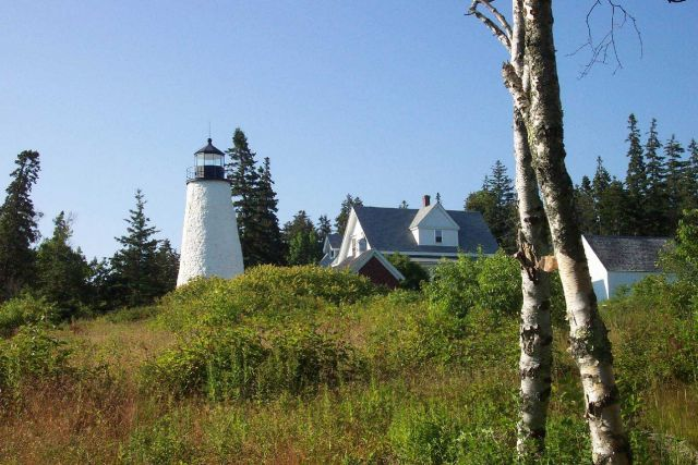 Dices Head Lighthouse at Castine. Picture