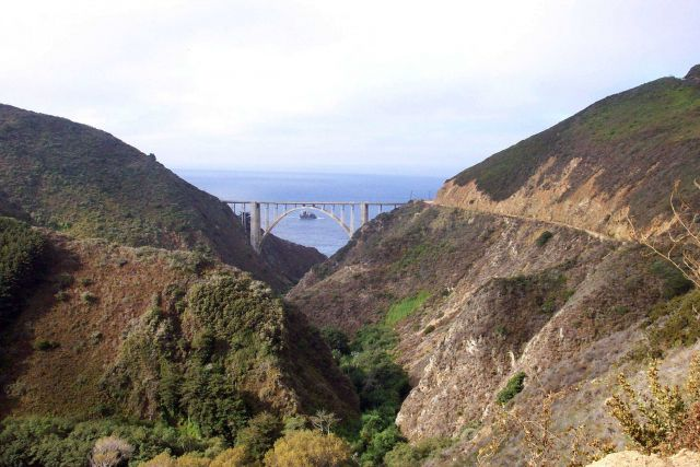 Bixby Canyon Bridge. Picture
