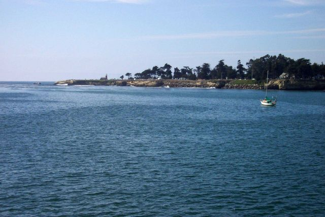 Santa Cruz Lighthouse Point, Steamers Land, and West Cliff Drive as seen from the Santa Cruz Wharf. Picture