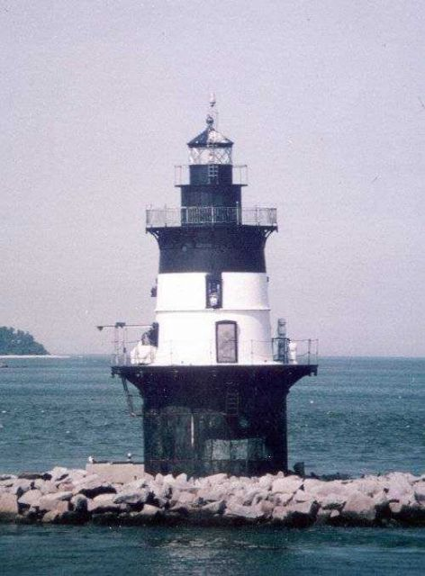 Orient Point Light Picture