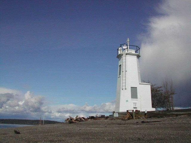 Dofflemyer Point Lighthouse Picture