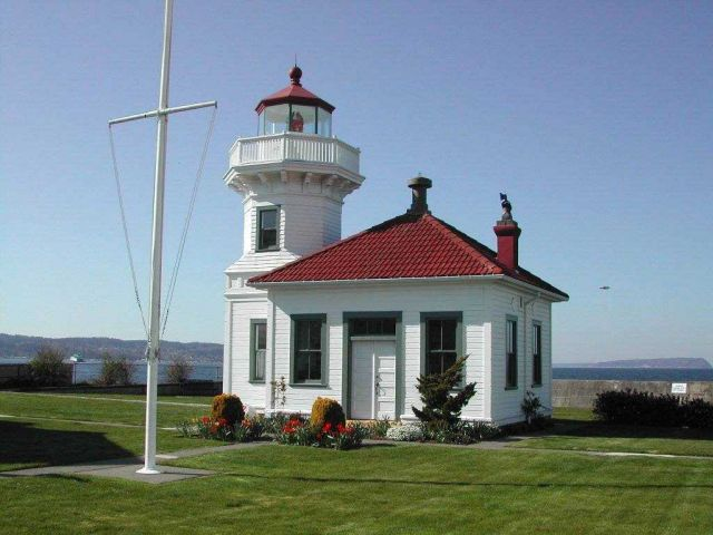 Mukilteo Lighthouse Picture