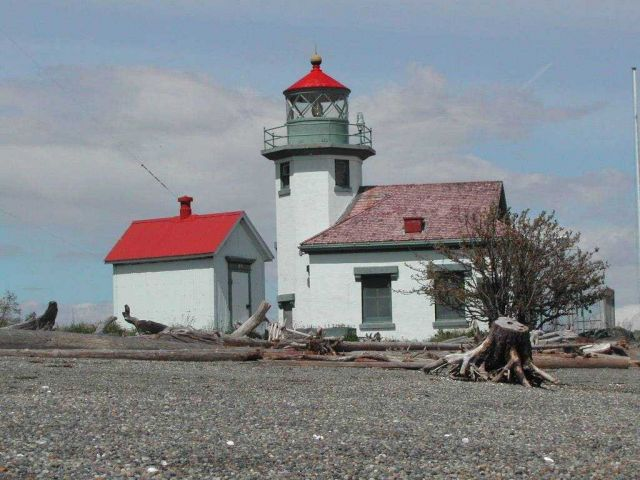 Point Robinson Lighthouse Picture