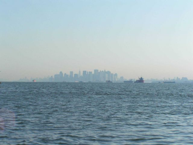 The skyline of New York City on a hazy morning Picture