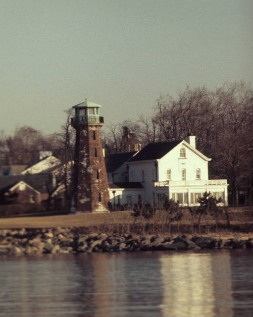 Sands Point Lighthouse Picture