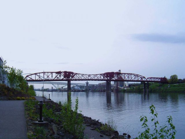 Some of the many bridges of the Portland area. Picture