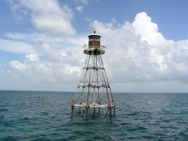Tennessee Reef Lighthouse Picture