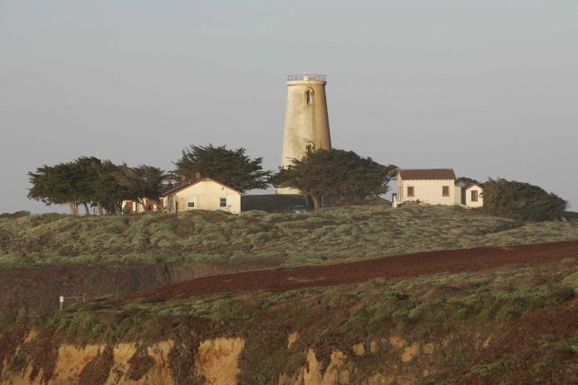 Pre-restoration appearance of the Piedras Blancas lighthouse. Picture