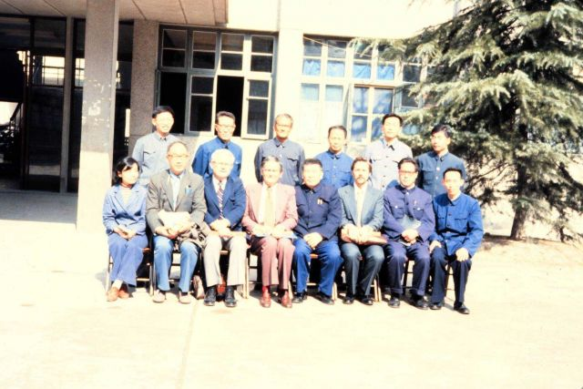 NESDIS scientists with Chinese hosts posing for joint picture. Picture