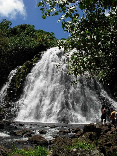 Keprohi (also spelled Kepirohi) Waterfall Picture