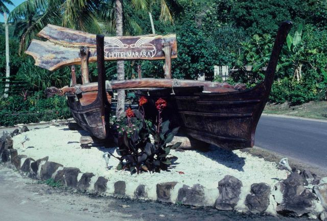 Outrigger canoe adorns the entrance to the Hotel Marara. Picture