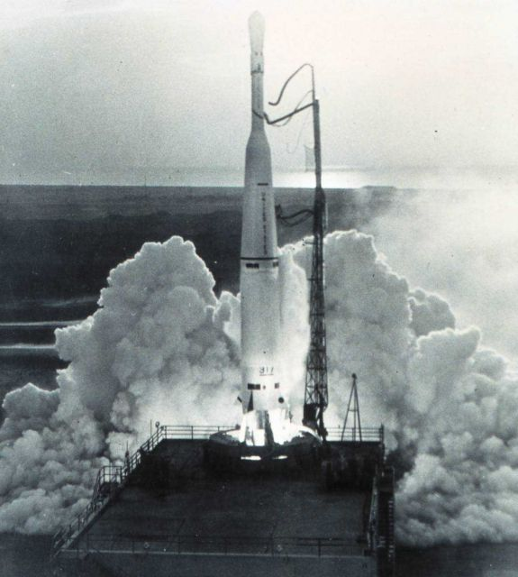 TIROS IV lifting off the pad Picture