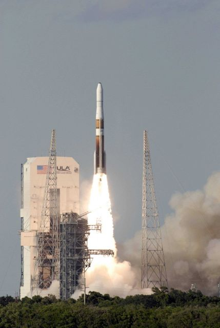 A Delta IV rocket launching the GOES-O satellite Picture