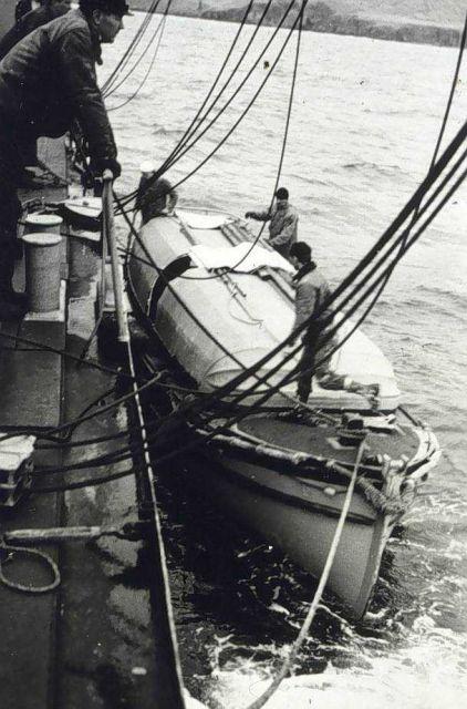 Boat tied alongside. Picture