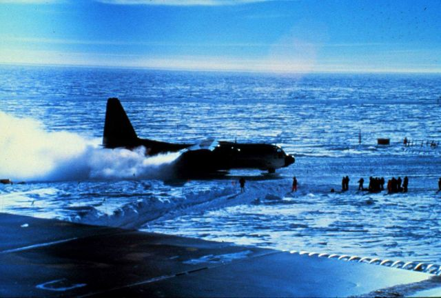 A Hercules C-130 aircraft lands at the South Pole Picture