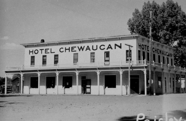 Hotel Chewaucan at Paisley, Oregon. Picture