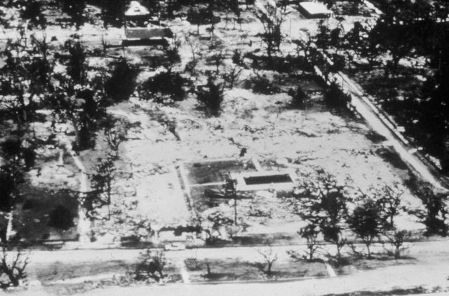Richeliu Apartments after Hurricane Camille 30 out 32 people having a
