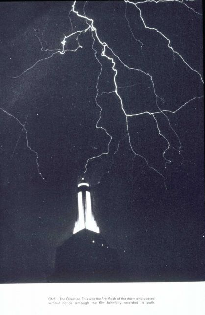 Lightning striking the Empire State Building Picture