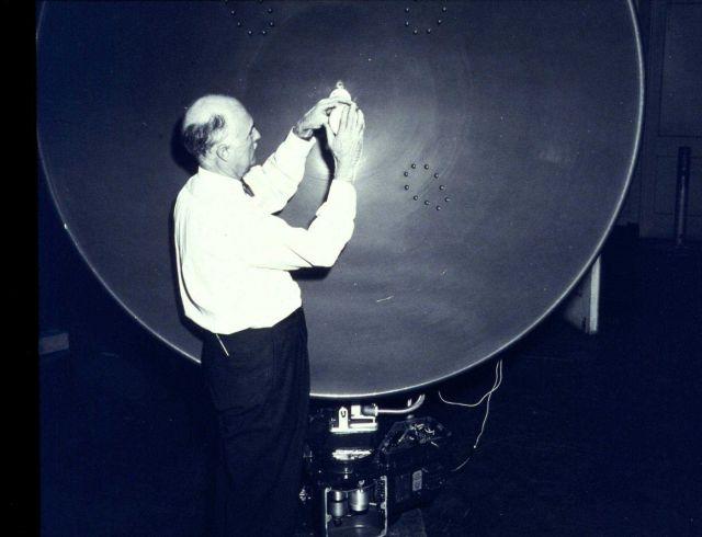 Weather Bureau electronics specialist Thomas D Picture
