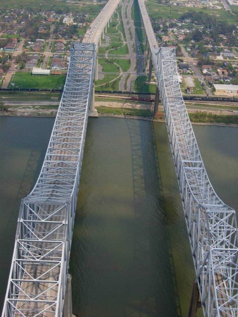 Mississippi River bridges at New Orleans. Picture