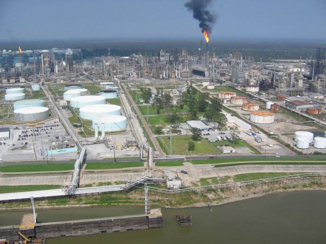 Motiva refinery west of New Orleans. Picture