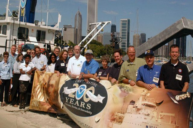 NOAA representatives from around the Great Lakes region co-hosted a day-long event with Chicago's Shedd Aquarium as part of NOAA's 200th Celebration Picture