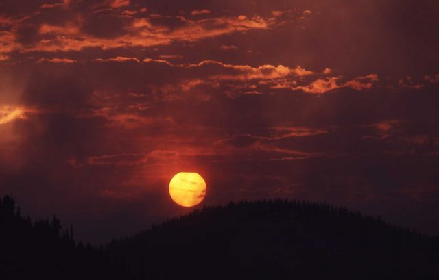 Smokey sunset at Twin Butte Picture