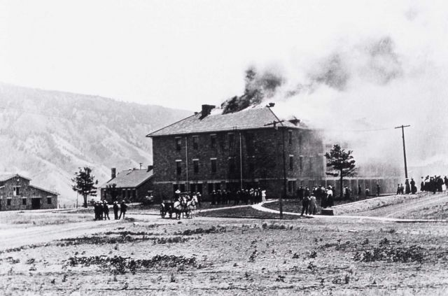 Double Barracks fire, Fort Yellowstone Picture