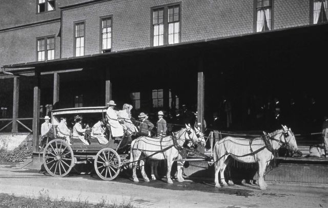 Stagecoach at Mammoth Hotel Picture