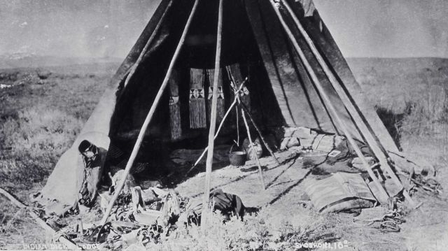 Indian Dick's lodge - History - Indians Picture