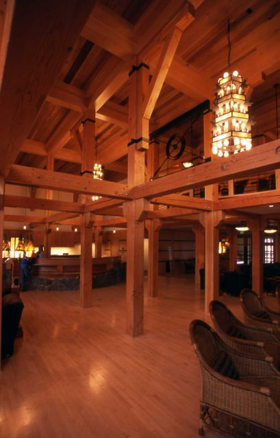Old Faithful Snow Lodge lobby Picture