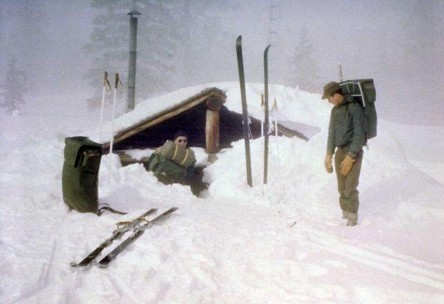 Shoshone patrol cabin Picture