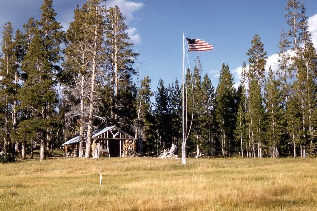 Heart Lake patrol cabin Picture
