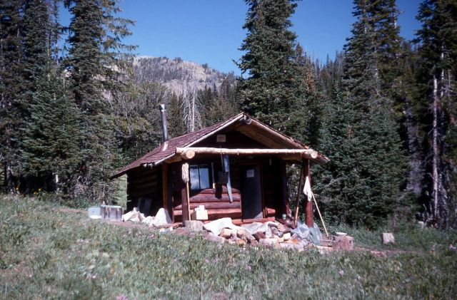Fawn Pass patrol cabin Picture
