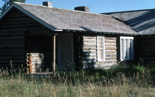 Norris soldier station (now used as the Museum of the National Park Ranger) Picture