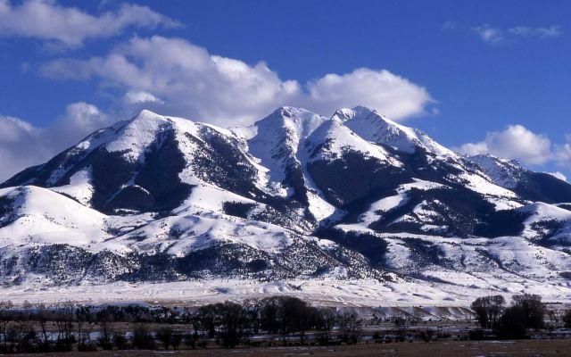 Emigrant Peak in winter Picture