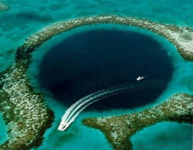 Great Blue Hole, Belize Picture