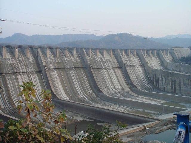 Sardar Sarovar Dam, Gujarat Picture