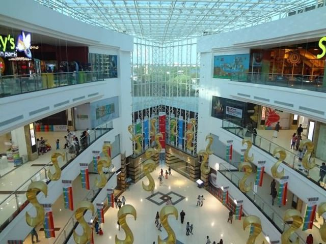 Lulu Mall - Kochi Picture