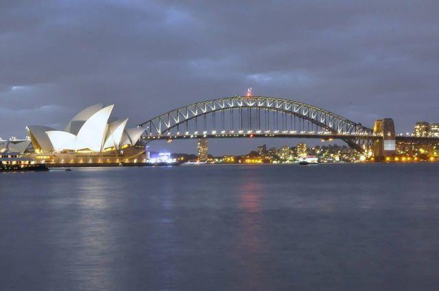 Sydney Harbour Bridge - Australia Picture