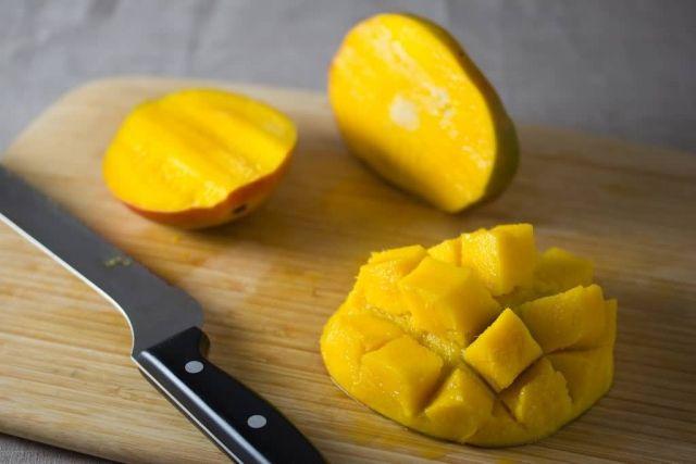 Mango Picture